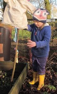 making a scarecrow gardening blog